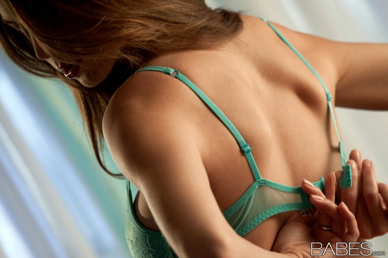 amber-sym-turquoise-lingerie-babes-12