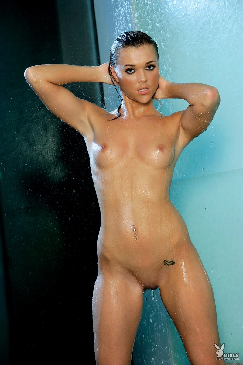 amy-marie-shower-naked-playboy-20