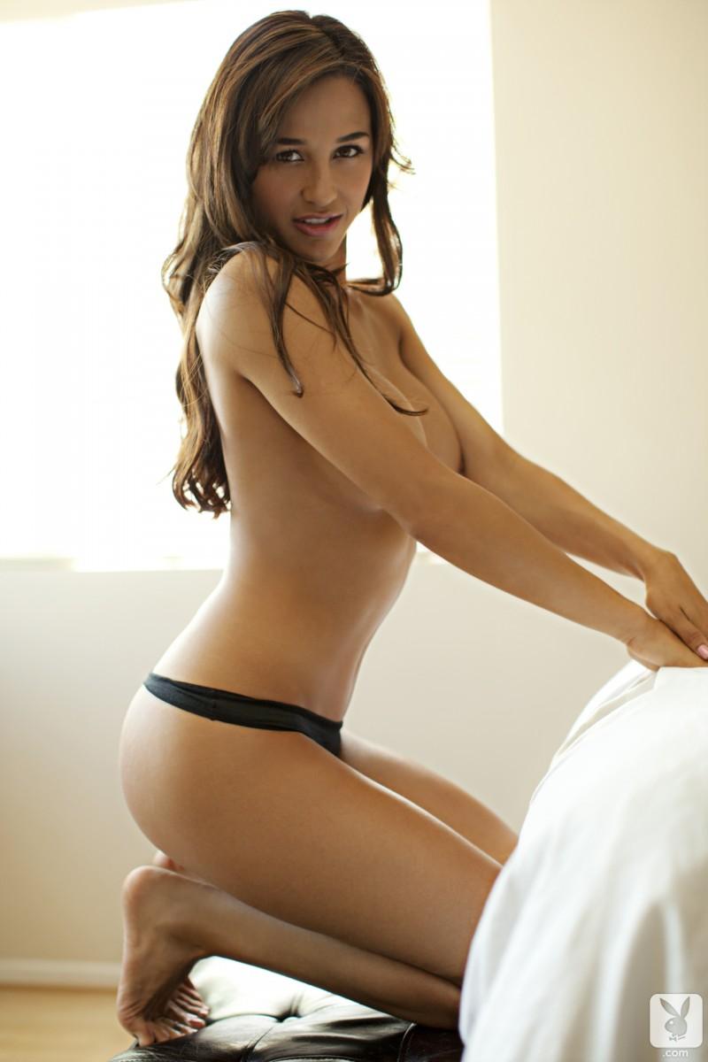 ana-cheri-bikini-playboy-08