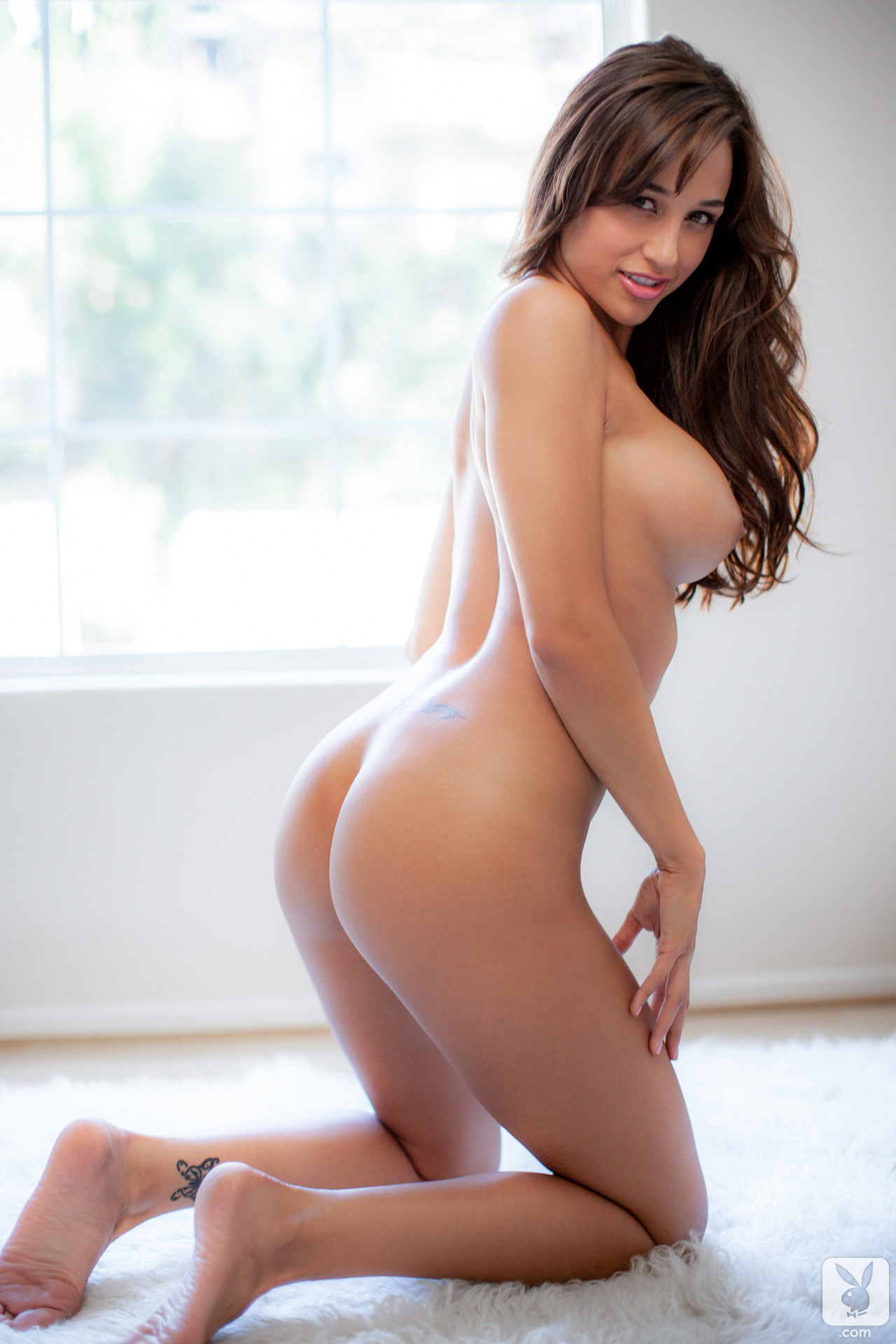 ana-cheri-amateur-playboy-21