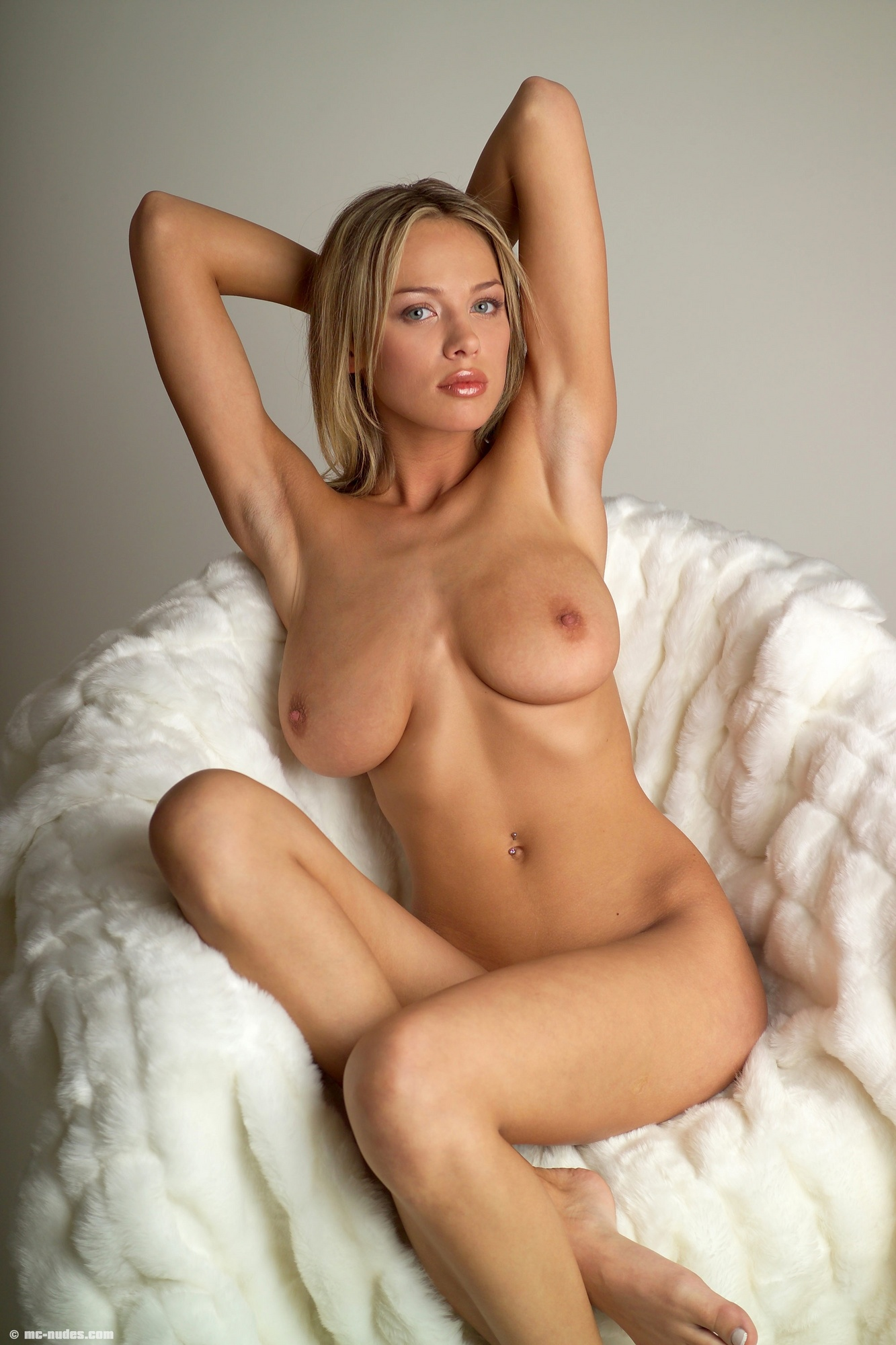 Anastasia shcheglova blonde russian model gets naked