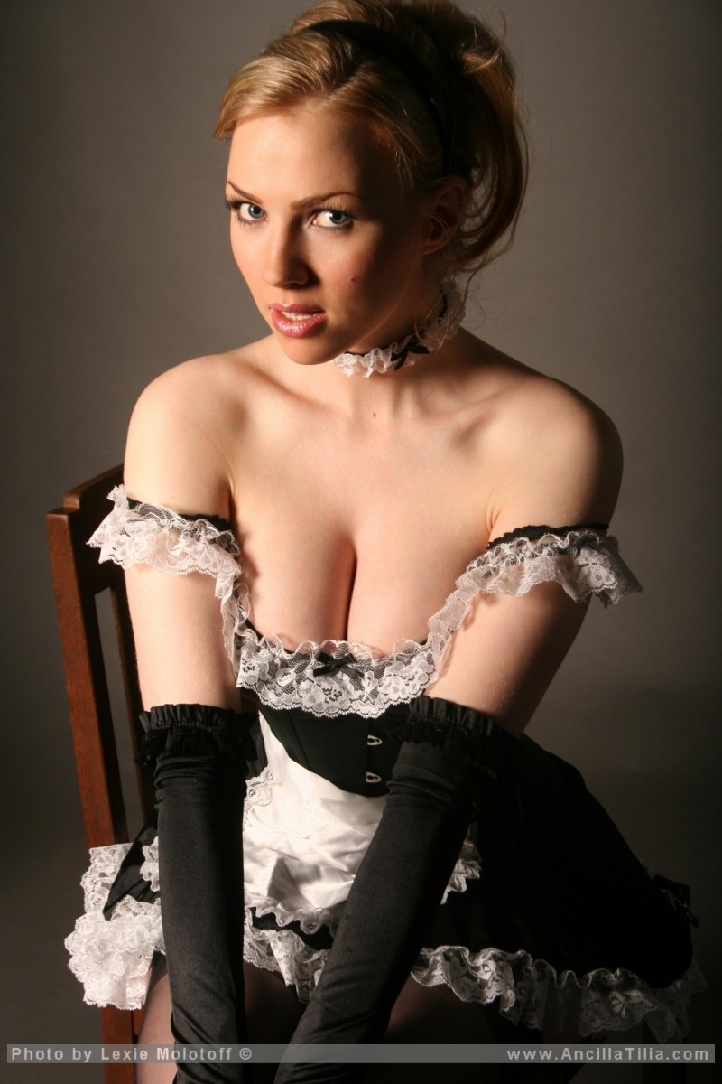 ancilla-tilia-blonde-boobs-maid-03