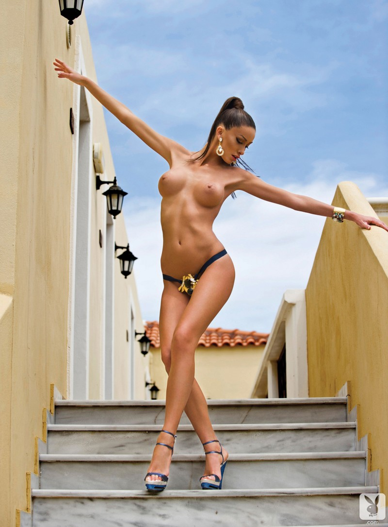 andreani-tsafou-nude-greece-playboy-03