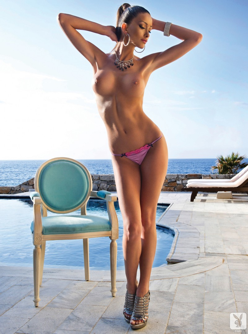 andreani-tsafou-nude-greece-playboy-08