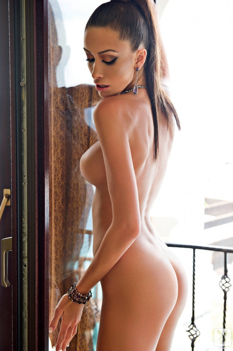 andreani-tsafou-nude-greece-playboy-12