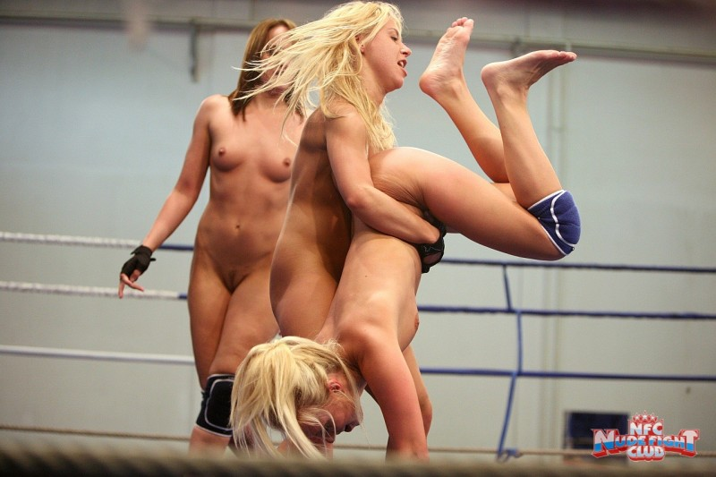 andy-brown-carla-cox-nikky-thorne-nude-fight-club-20