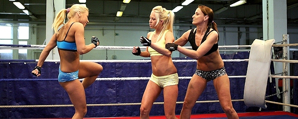 Andy Brown, Carla Cox & Nikky Thorne – Nude Fight Club