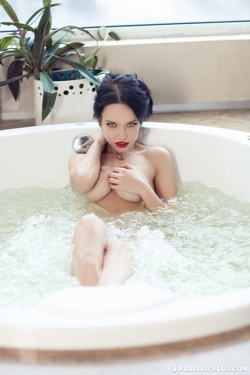 angie-brunette-bathroom-playboy-15