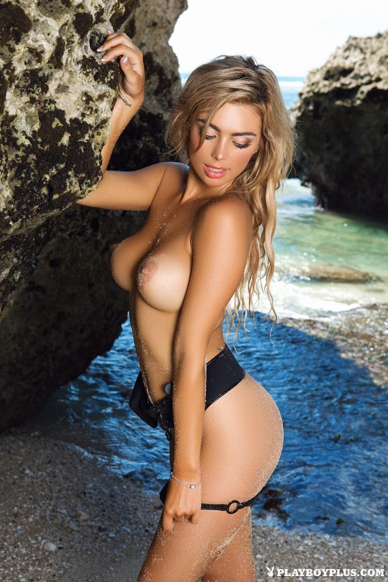 anika-shay-seaside-nude-beach-playboy-11