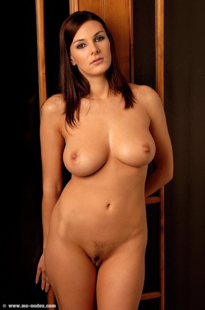 Anita queen nude