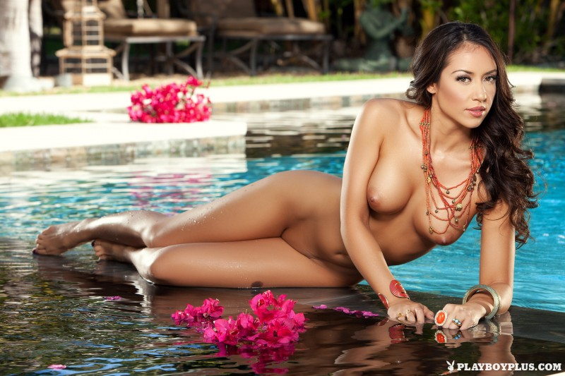 anita-serena-pool-bikini-playboy-18