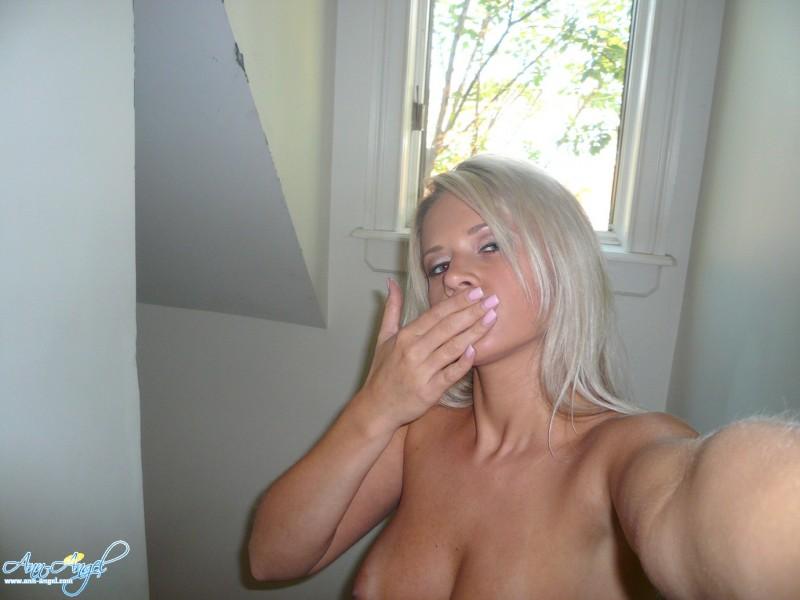 ann-angel-selfshot-nude-28