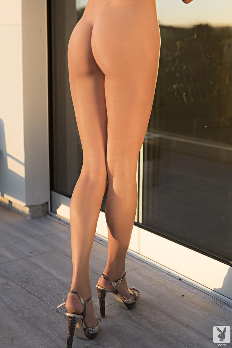 anna-beletzki-bikini-playboy-33