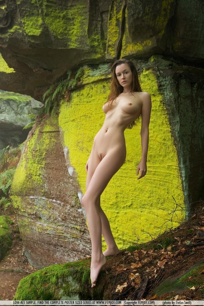 anna-leah-rocks-femjoy-02
