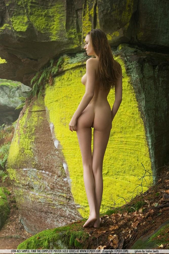 anna-leah-rocks-femjoy-03