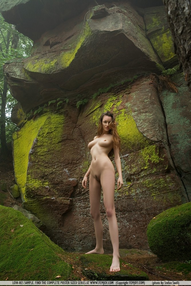 anna-leah-rocks-femjoy-08