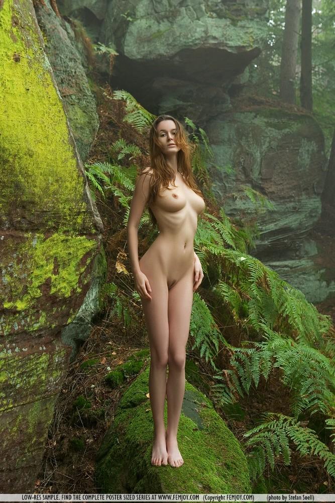 anna-leah-rocks-femjoy-15