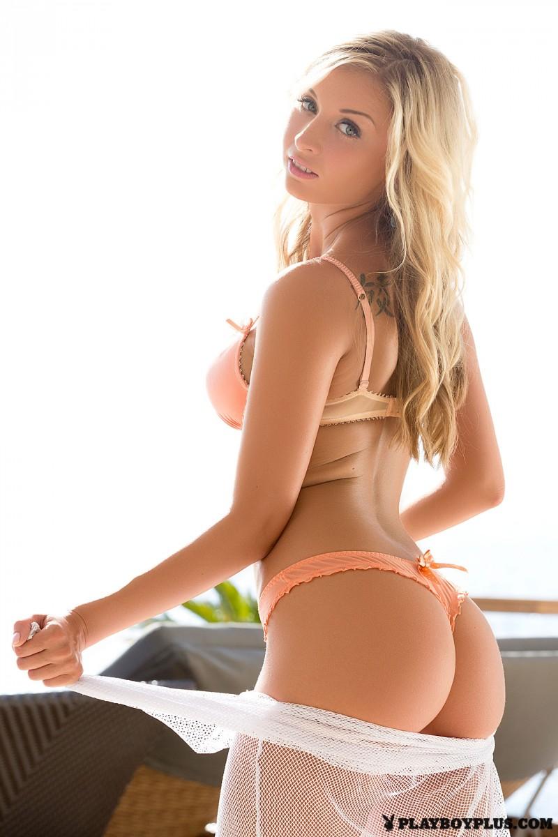 anna-mari-blonde-nude-playboy-03