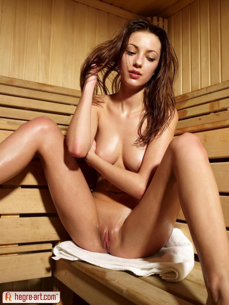 anna-s-nude-sauna-hegre-art-12
