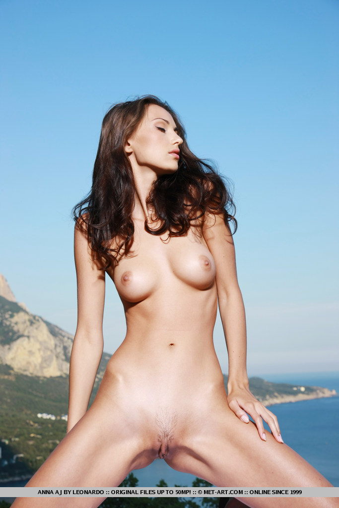 anna-aj-white-dress-nude-metart-17