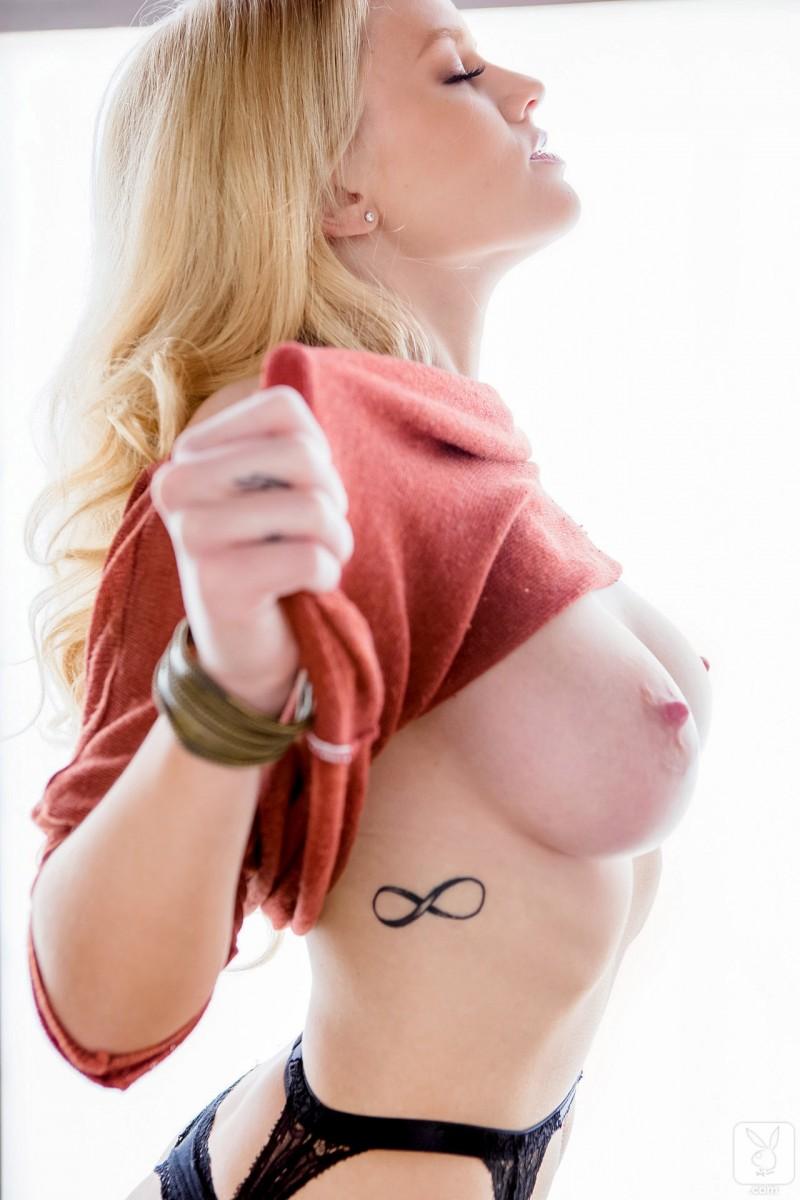 anna-sophia-berglund-nude-stockings-garters-playboy-13