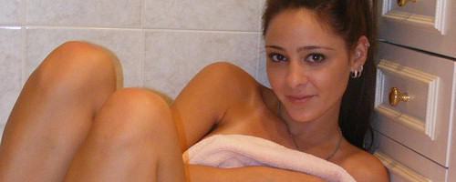 Annabelle Angel in bathroom