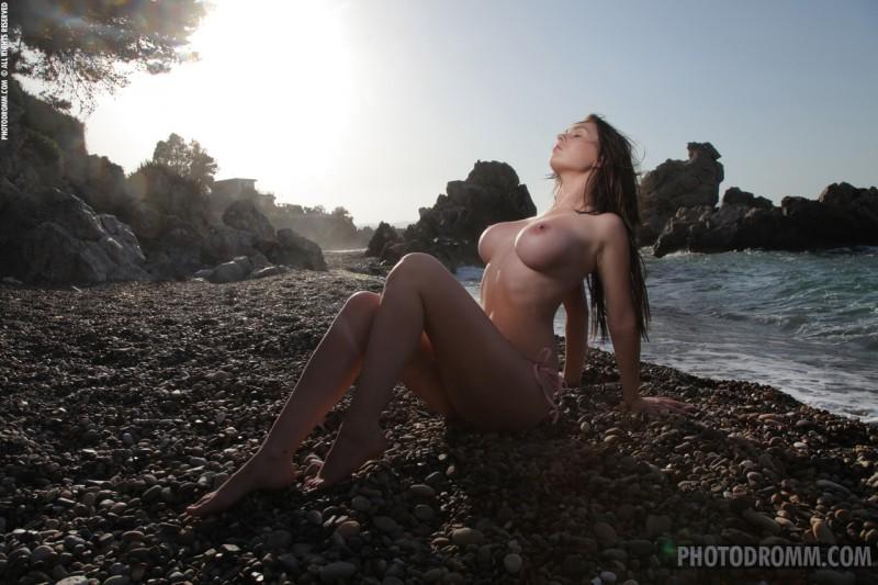 corinne-beach-bikini-photodromm-03