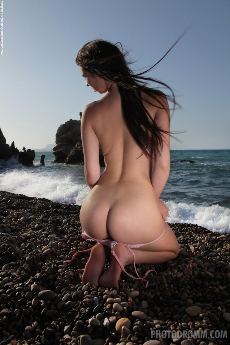 corinne-beach-bikini-photodromm-05