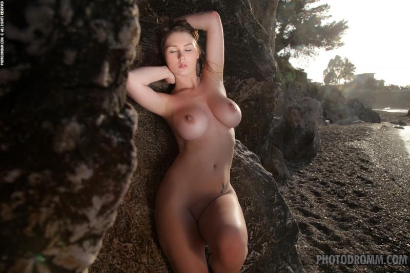 corinne-beach-bikini-photodromm-12