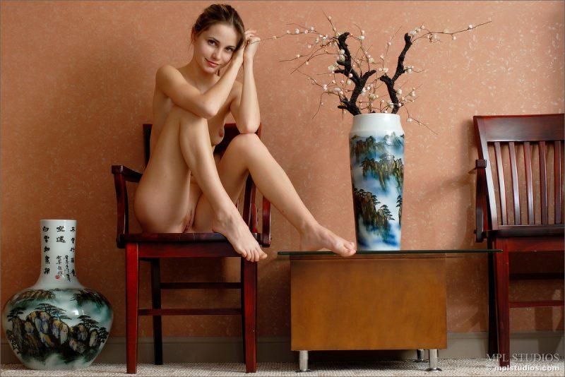 anya-chair-nude-skinny-mplstudios-03