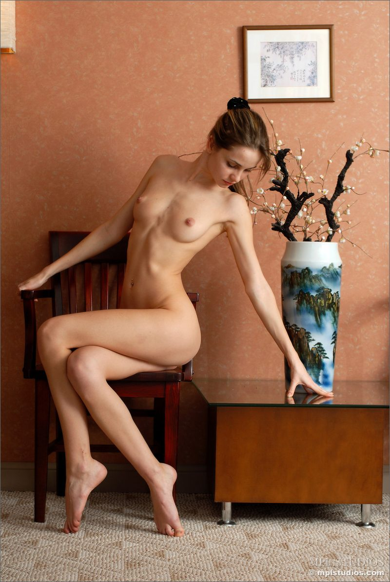 anya-chair-nude-skinny-mplstudios-10