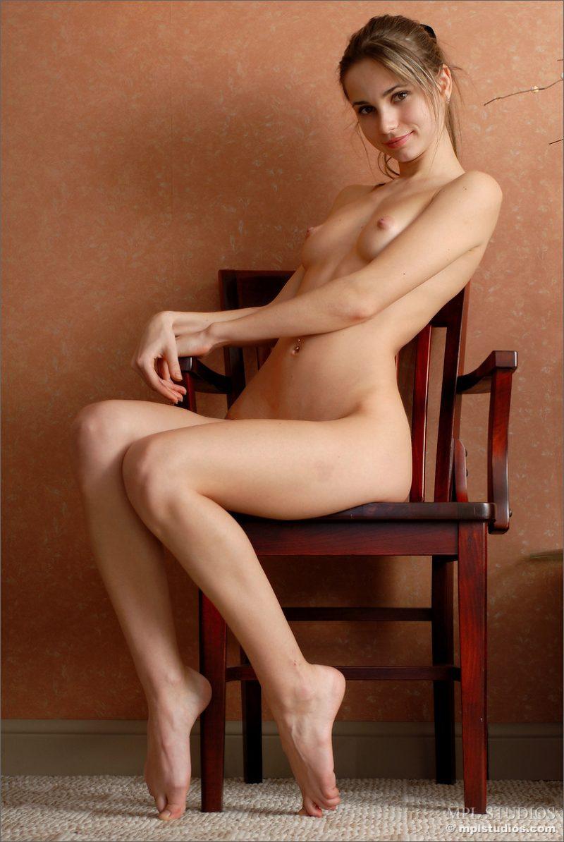 anya-chair-nude-skinny-mplstudios-11