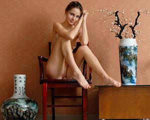 anya-chair-nude-skinny-mplstudios