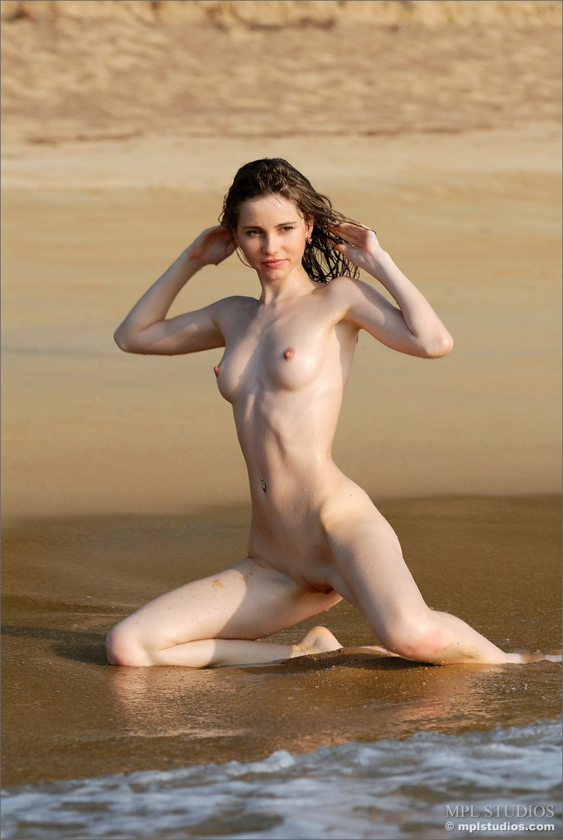 anya-beach-seaside-mpl-studios-06