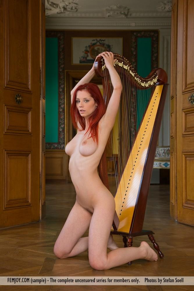 piper-fawn-&-harp-06