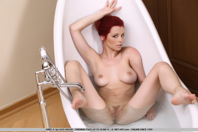 ariel-a-bath-met-art-01