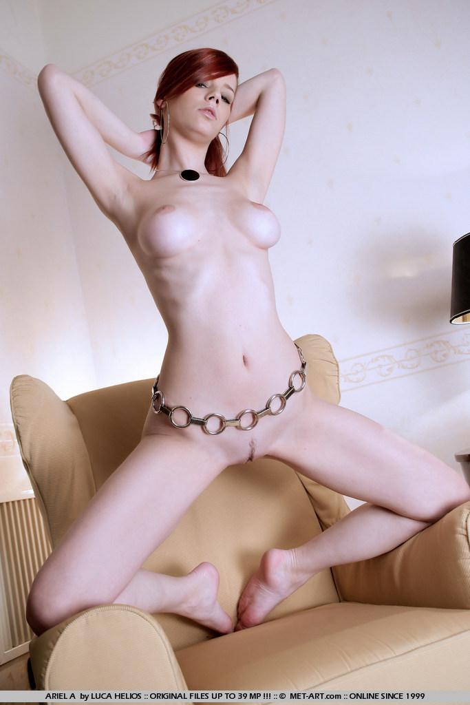 gabrielle-lupin-armchair-09