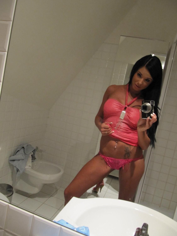 ashley-bulgari-self-shot-bathroom-mirror-15