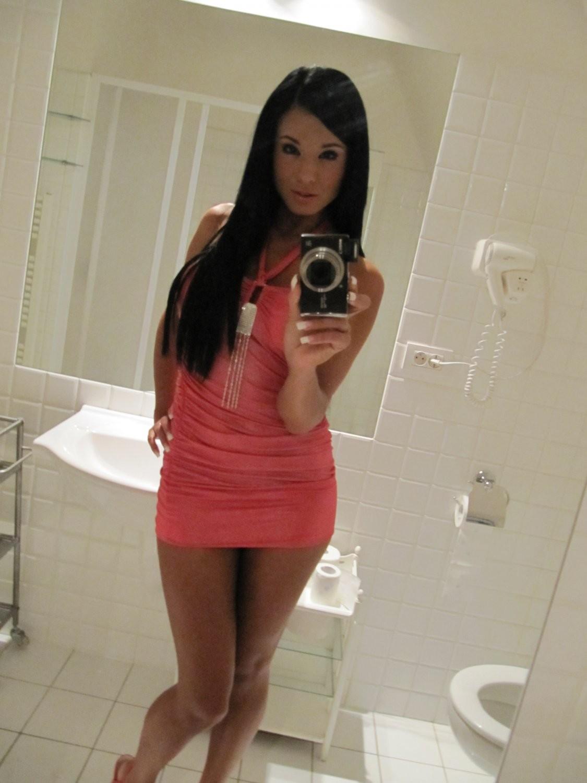 ashley-bulgari-self-shot-bathroom-mirror-21