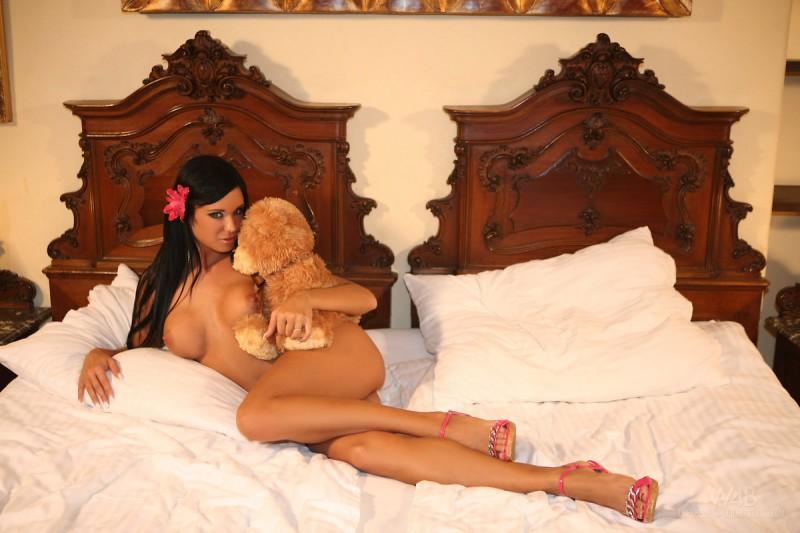 ashley-bulgari-toy-watch4beauty-16