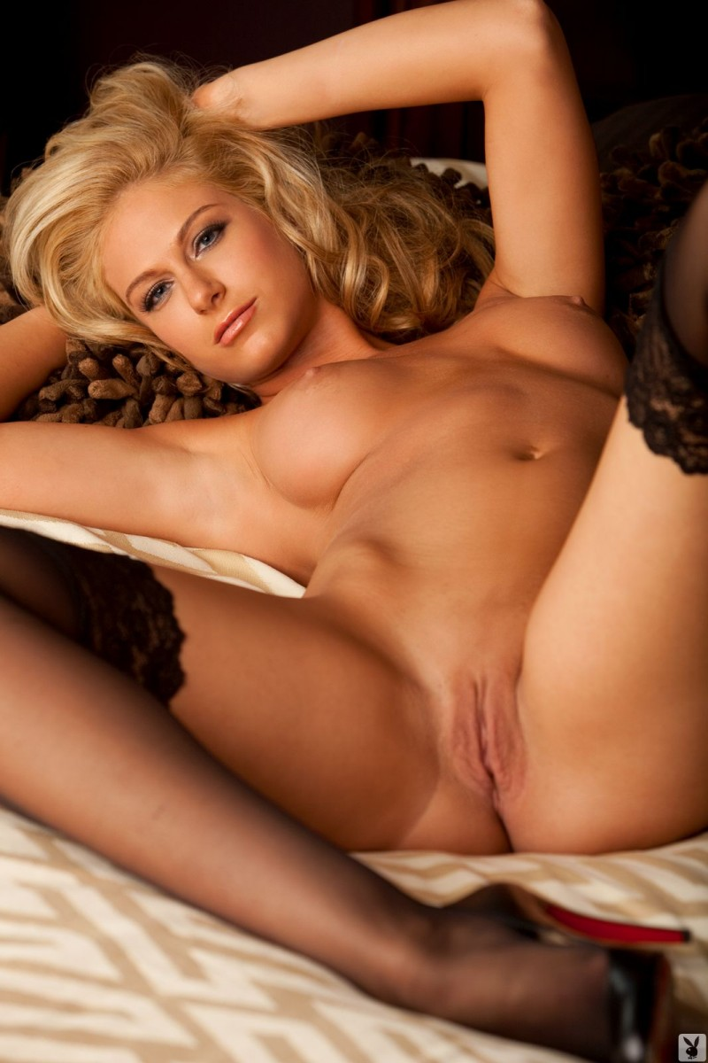 ashley-ilenfeld-stockings-naked-playboy-30