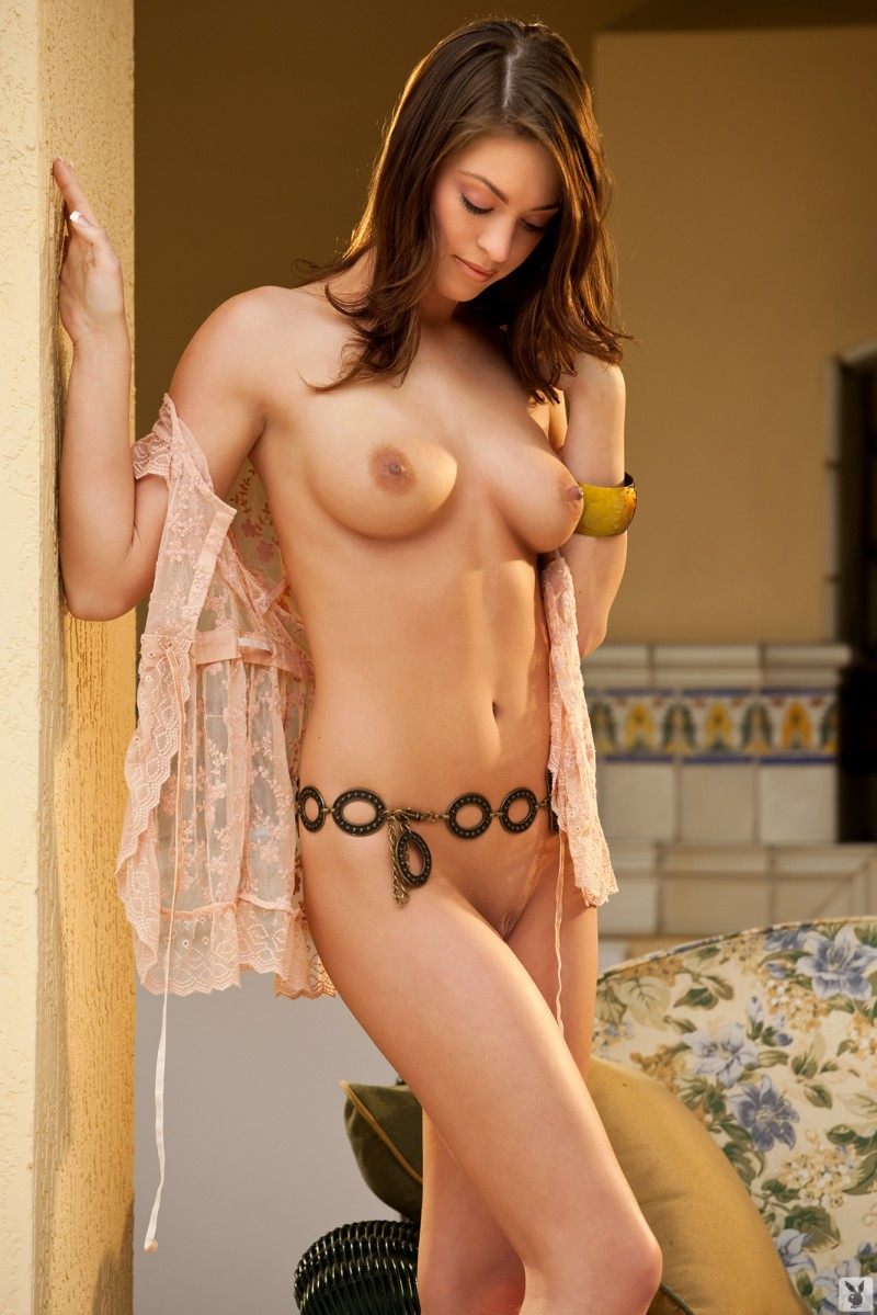 ashley-nicole-coed-playboy-03