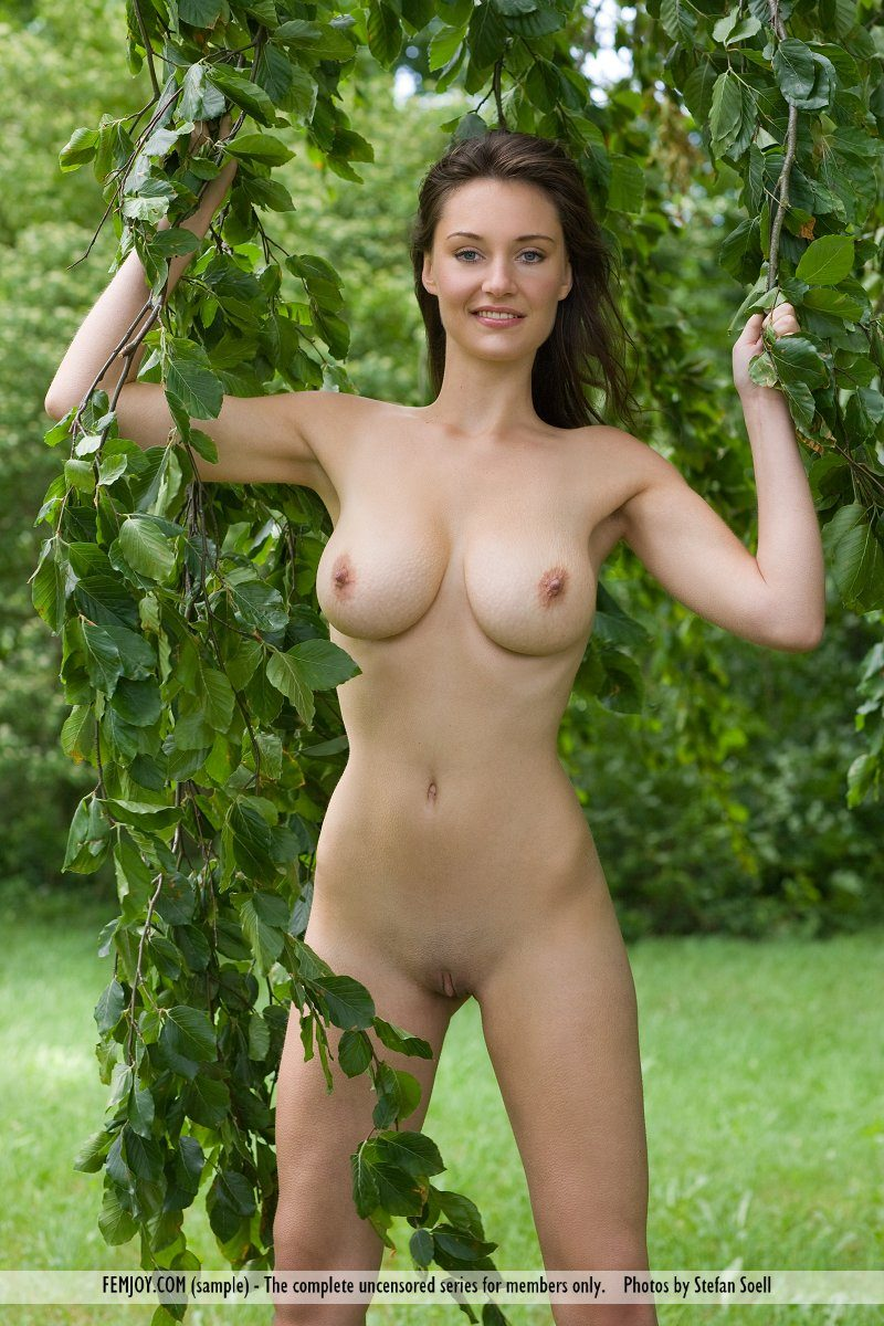 ashley-under-tree-nude-femjoy-04