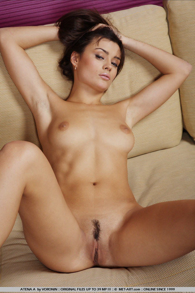 atena-a-naked-sofa-metart-18