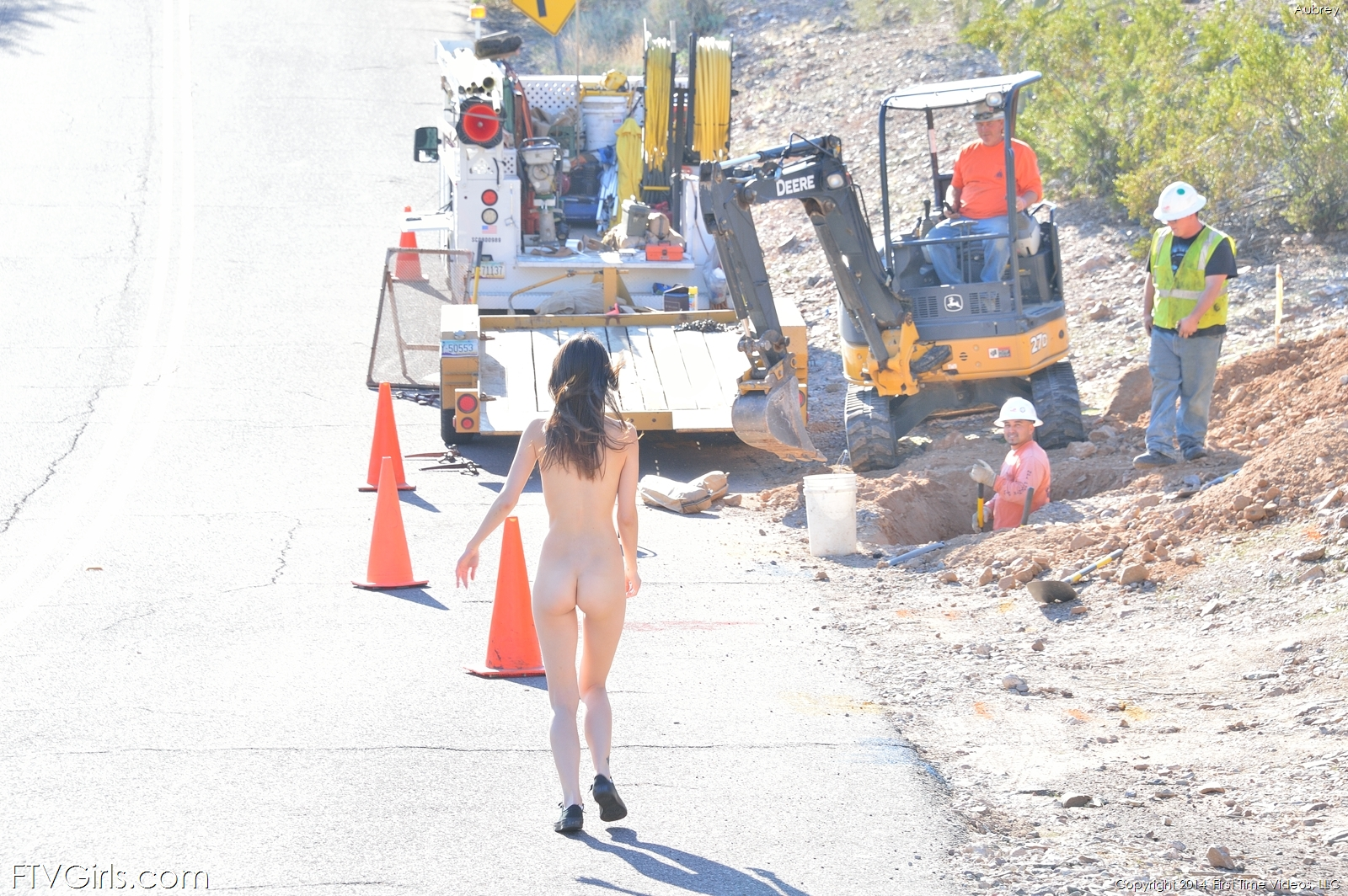 aubrey-shorts-nude-public-road-ftvgirls-21