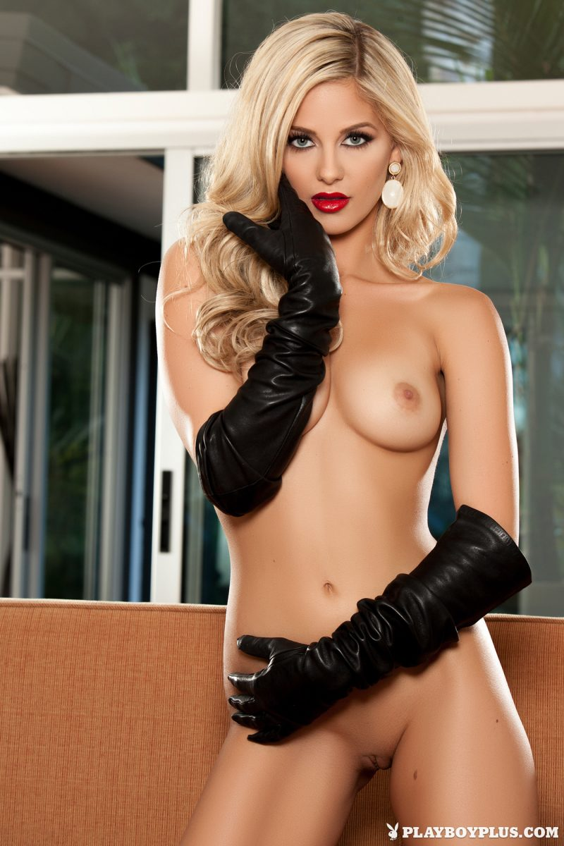 audrey-aleen-allen-gloves-black-nude-playboy-20