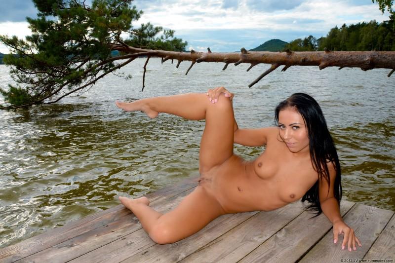 nikola-p-nude-public-euronudes-27