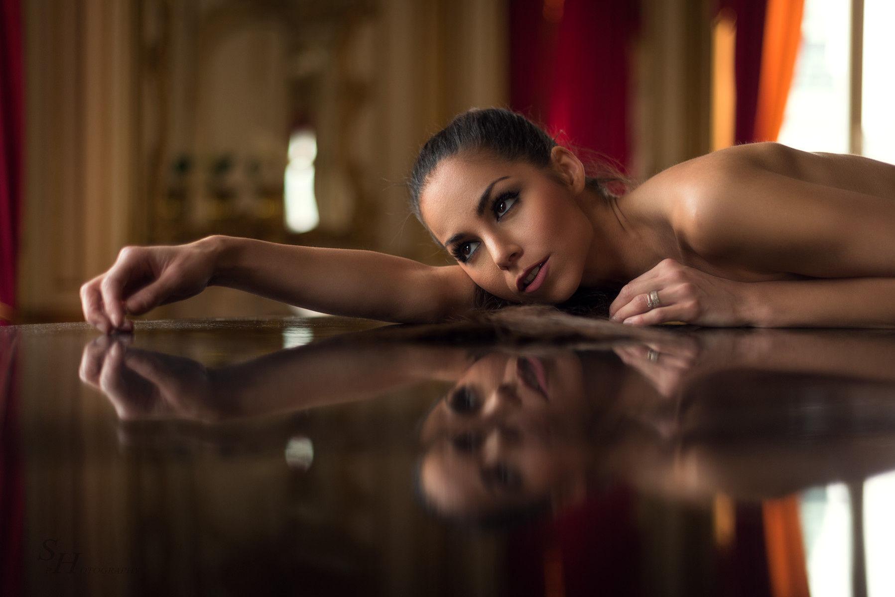 barbara-bocsi-brunette-skinny-nude-erotic-004