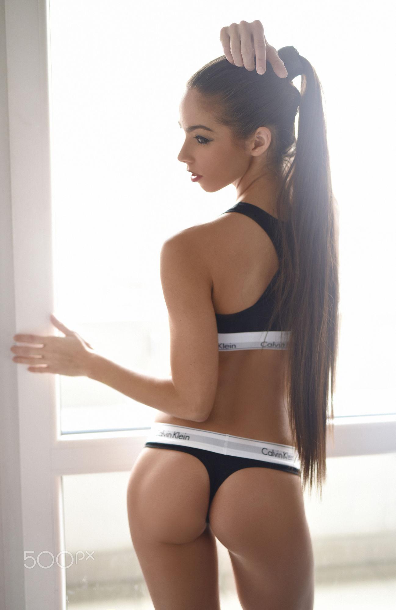 barbara-bocsi-brunette-skinny-nude-erotic-007