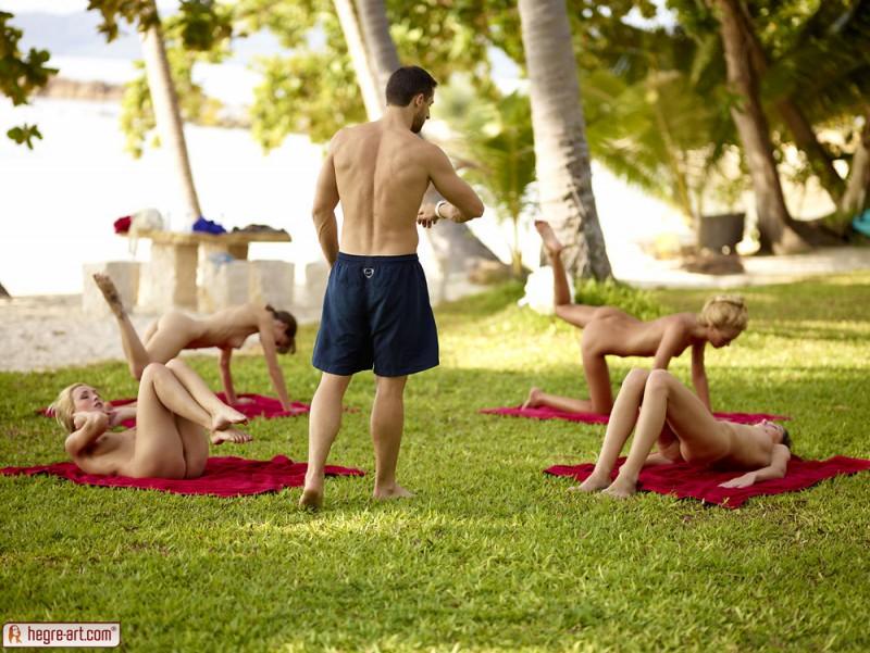 cox-thea-flora-zaika-beach-fitness-hegre-art-15